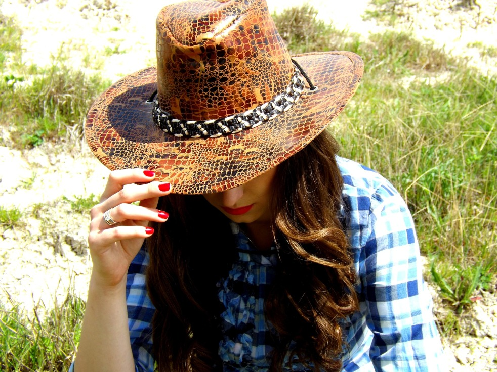 cowgirl-767004_1920