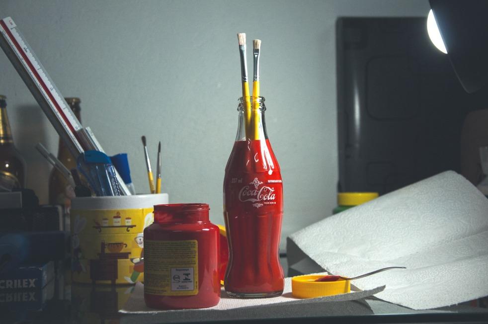 paintbrushes-1209870_1920